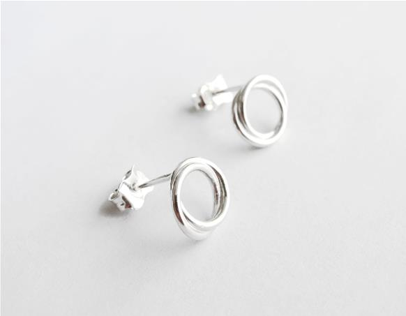 Infinity knot Stud Earrings in sterling silver