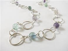 Loop chain with fluorite stones